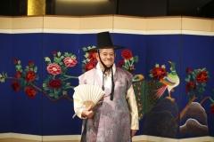 2017-09-19-Korea-40-Costume