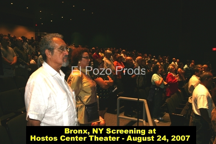 2007-08-24-Hostos1-Crowd2-B-72