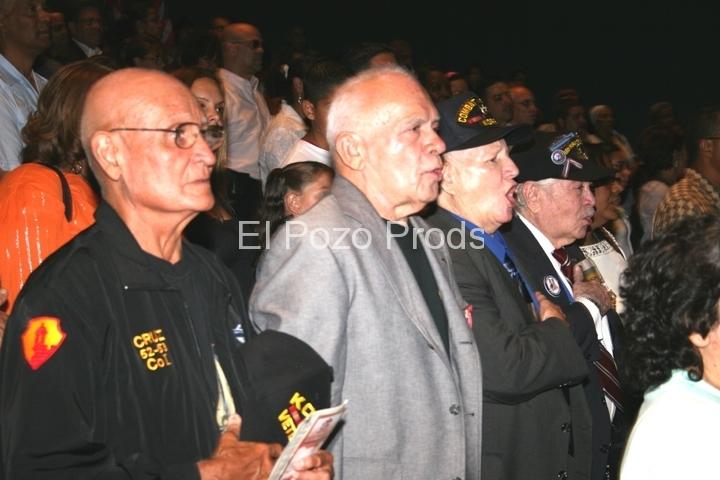 2007-08-24-Hostos2-Vets-Sing