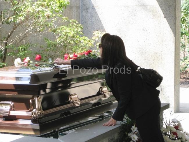 2010-04-15-JaimeLopezFuneral8