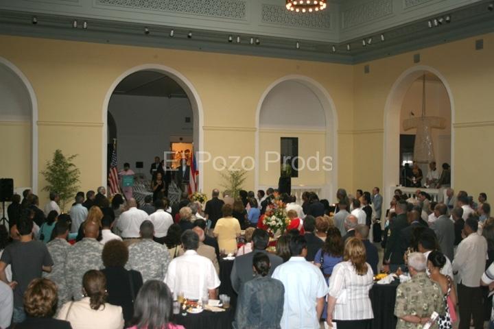 2007-07-13-NewarkPremiere02-Crowd-72