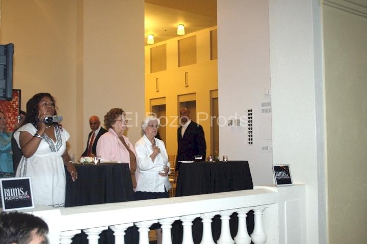 2007-07-13-NewarkPremiere09-Esther&Ines(72)
