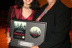 2007-07-13-NewarkPremiere43-Noemi&Raquel-72