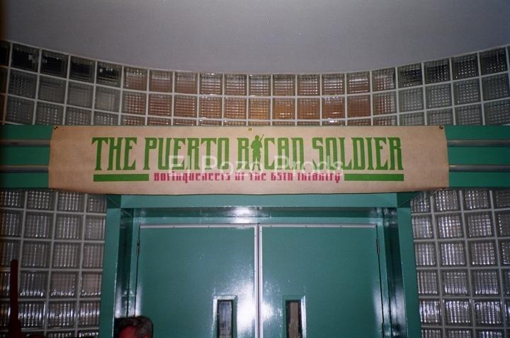2001-09-30-PRSoldierFundraiser-01