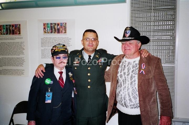 2001-09-30-PRSoldierFundraiser-02