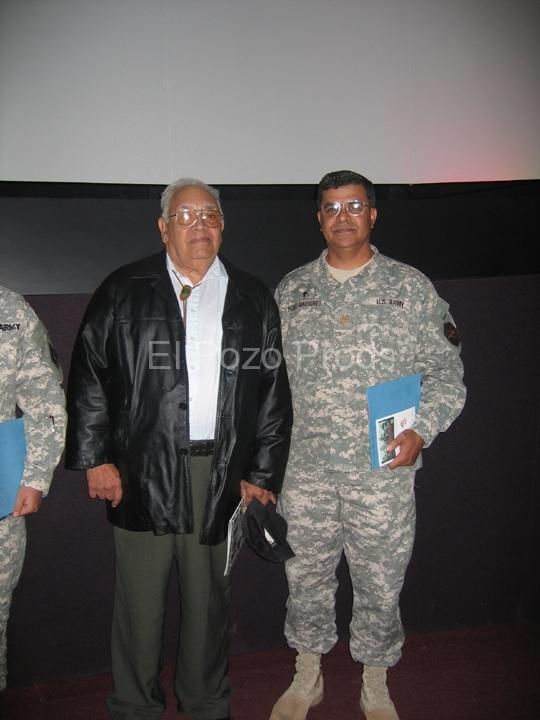 2007-11-15-TX-Screenings19-72